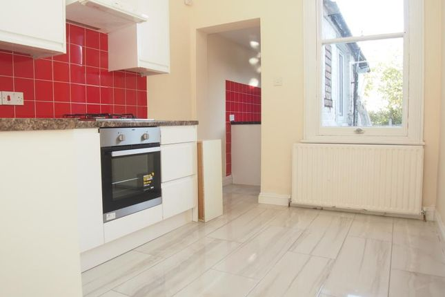 Thumbnail Property to rent in Tottenhall Road, Palmers Green