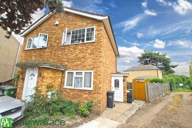 2 bed maisonette for sale in Old Highway, Hoddesdon