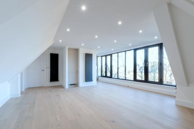 2 bed flat for sale in The Old Bank, Hare Lane, Claygate KT10