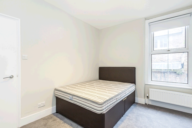 Thumbnail Terraced house to rent in Temple Dwellings Temple Street, Bethnal Green, London