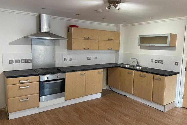 Thumbnail Commercial property for sale in Flat, Hewetts Quay, - Abbey Road, Barking