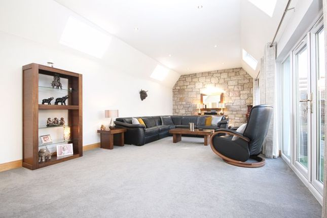 Lounge of Edinburgh Road, Bathgate EH48