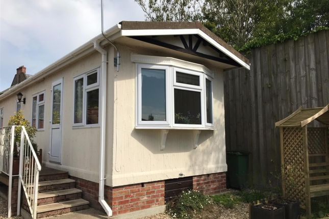 Thumbnail Mobile/park home for sale in Star Meadow Park, Oak Street, Fakenham