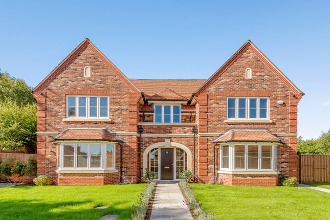 Thumbnail Detached house for sale in Bagshot Road, West End, Woking, Surrey
