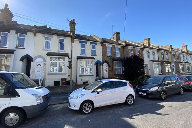 Thumbnail Detached house to rent in Gordon Road, Rochester, Kent