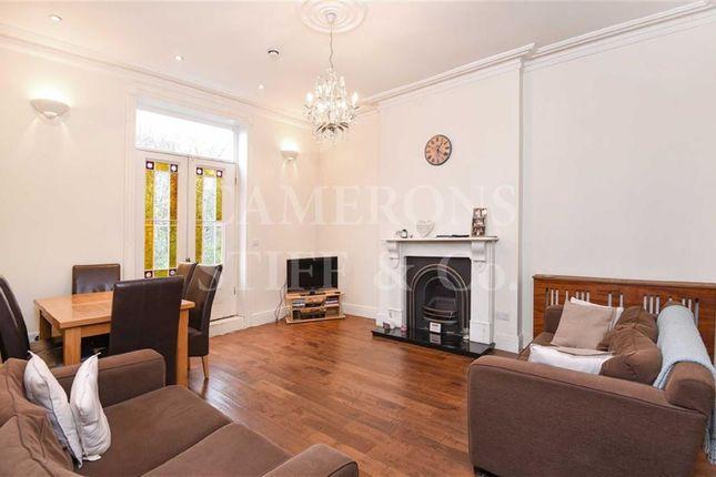 3 bed flat to rent in Brondesbury Villas, Queens Park, London