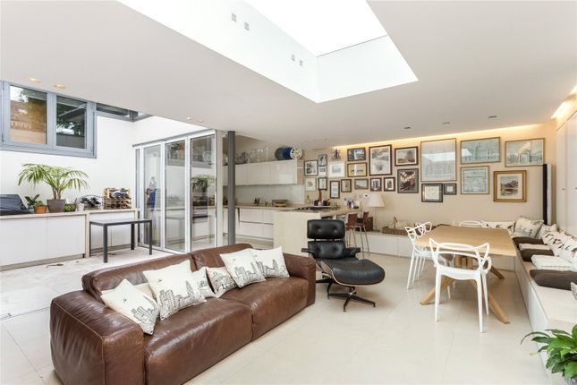 Picture 3 of Sibella Road, London SW4