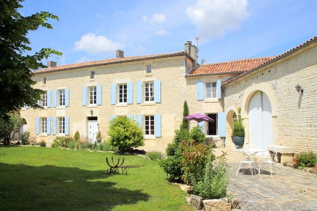 Thumbnail Property for sale in Jarnac, Charente (Cognac/Angouleme), France