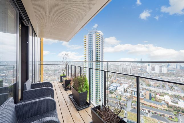 Thumbnail Flat to rent in One The Elephant, St Gabriel's Walk, London.