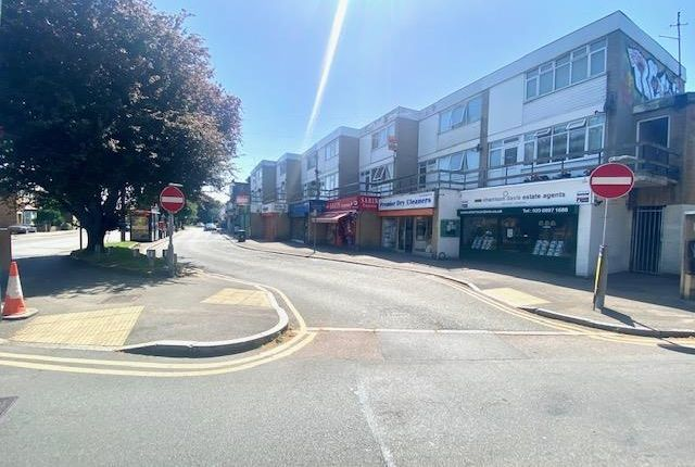 Thumbnail Flat to rent in High Street, Harlington, Hayes