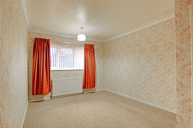 Picture No. 09 of Stalybridge Avenue, Hull, East Yorkshire HU9