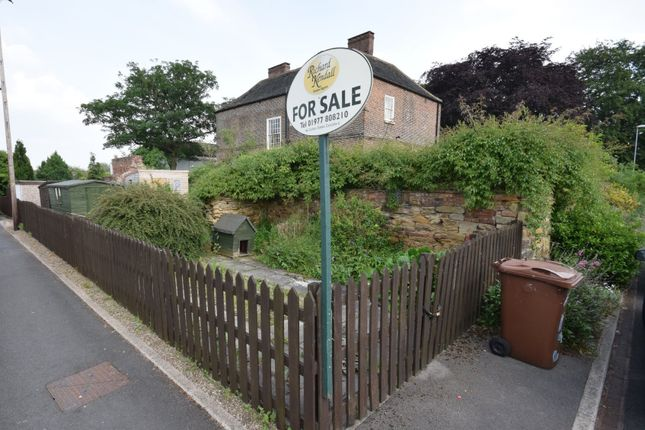 Thumbnail Land for sale in Parsonage Road, Methley, Leeds