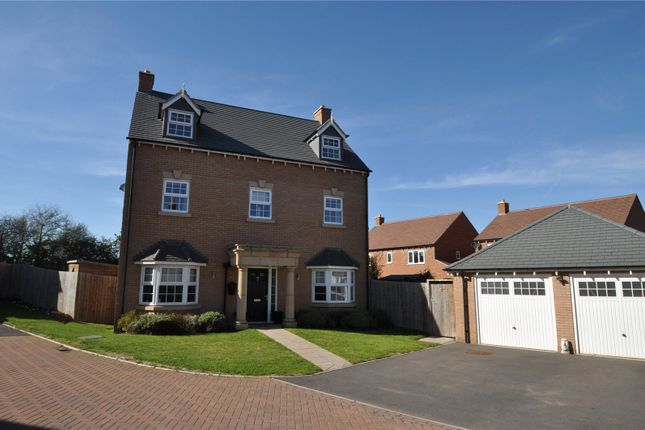 Thumbnail Detached house for sale in Woodedge Drive, Droitwich, Worcestershire