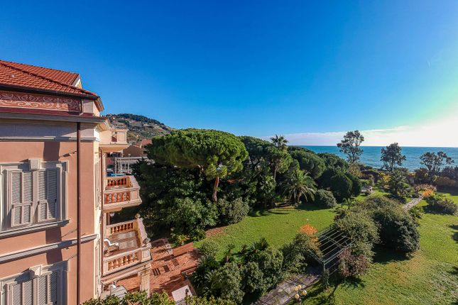 Thumbnail Villa for sale in San Remo, Imperia, Liguria