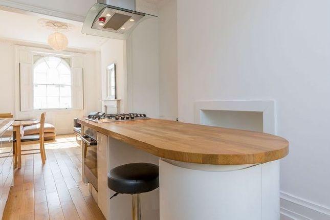 Thumbnail Flat to rent in Swinton Street, London