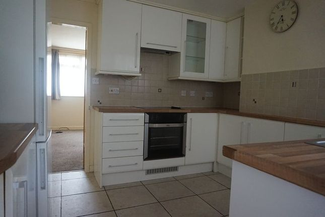 Thumbnail Flat to rent in Comrie Close, Coventry