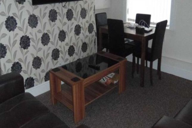 Thumbnail Shared accommodation to rent in Highfield Road, Salford