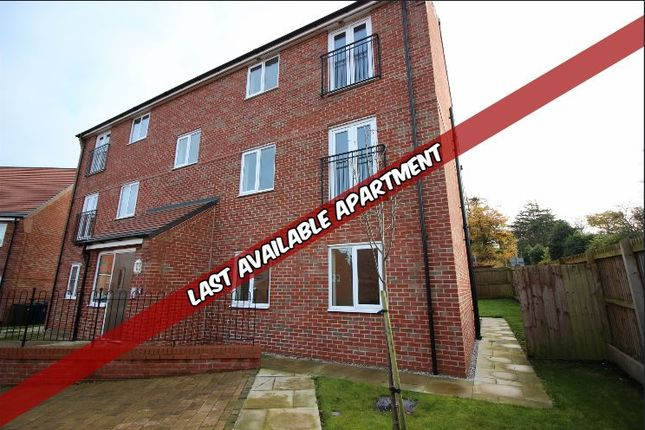 2 bedroom flat for sale in Mulberry Court, Ormskirk