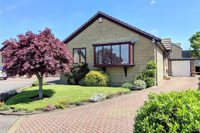 Picture No. 45 of Lady Heton Close, Mirfield, West Yorkshire WF14