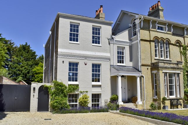Thumbnail Town house to rent in Lymington, Hampshire