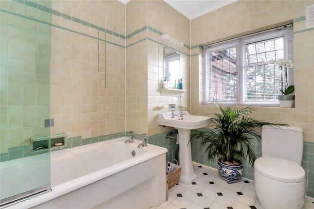 Family Bathroom of Nascot Wood Road, Watford WD17