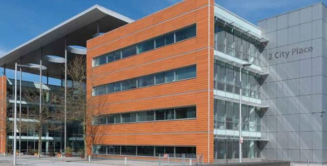 Thumbnail Office to let in Gnd Flr & Prt 1st Floor, 2 City Place, Beehive Ring Road, London Gatwick Airport, Gatwick, West Sussex