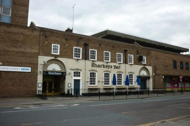 Thumbnail Pub/bar to let in George Street, Hull