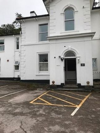 Thumbnail Flat to rent in Lower Warberry Road, Torquay