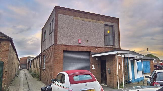 Thumbnail Light industrial to let in Unit 1 Deans Industrial Estate, Lambs Lane North, Rainham