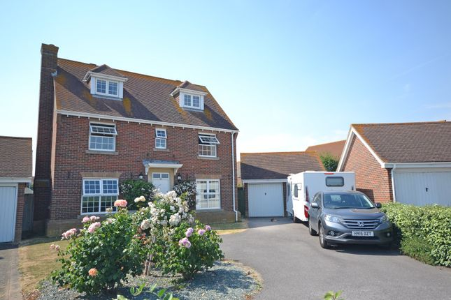 Thumbnail Detached house for sale in Beacon Drive, Selsey