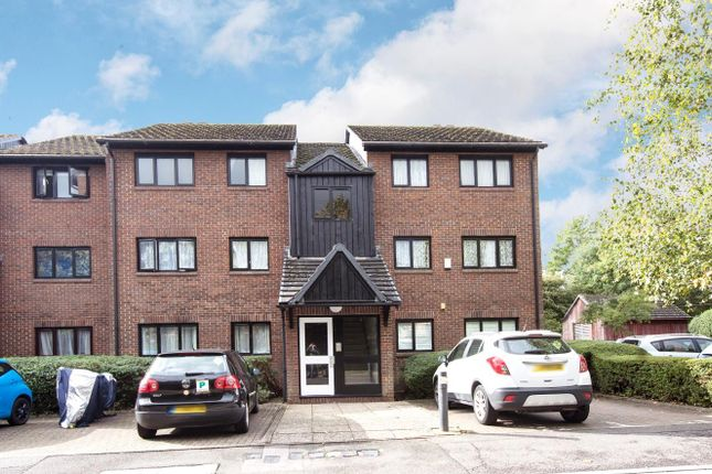 Thumbnail Flat for sale in West Quay Drive, Yeading, Hayes