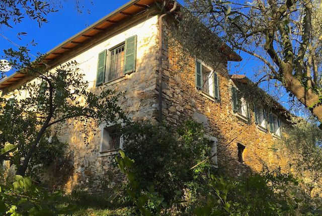 4 bed detached house for sale in Garlenda-Paravenna Al 402, Villanova D'albenga, Savona, Liguria, Italy