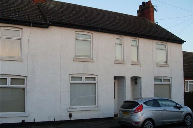 Thumbnail Terraced house to rent in Union Street, Finedon, Wellingborough