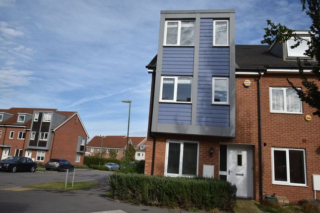 Thumbnail Terraced house to rent in John Hunt Drive, Basingstoke