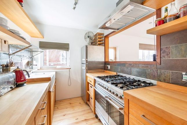 Thumbnail Property for sale in Ambra Vale West, Clifton, Bristol