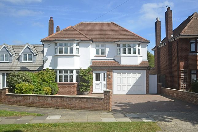 Thumbnail Detached house for sale in Homemead Road, Bromley