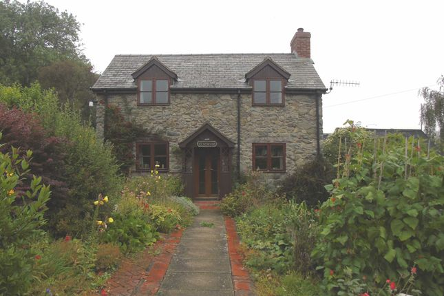 Thumbnail Detached house for sale in Pontrobert, Meifod, Powys