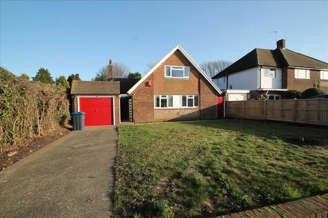 Thumbnail Bungalow to rent in Dunsfold Rise, Coulsdon