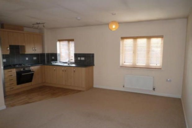 2 bed property to rent in Warren Lane, Witham St Hughs
