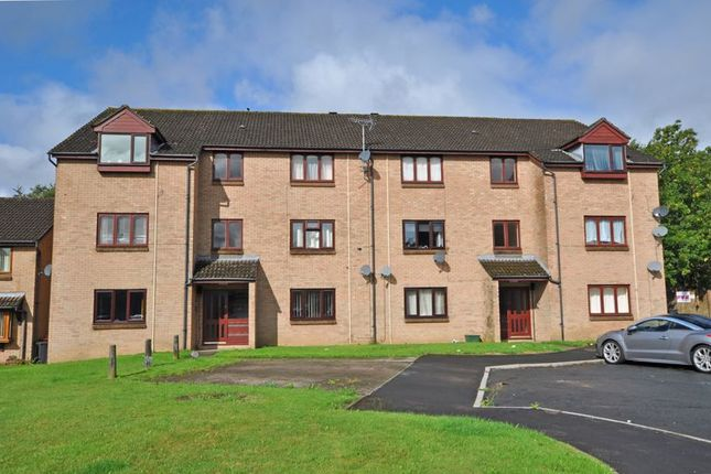 Flat for sale in Spacious Apartment, Collingwood Crescent, Newport