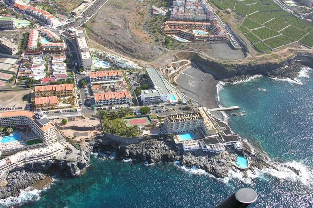 2 bed apartment for sale in Los Menores, Tenerife, Spain