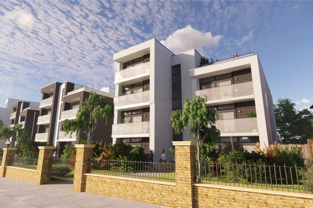 Thumbnail Flat for sale in The Upper Drive, Hove