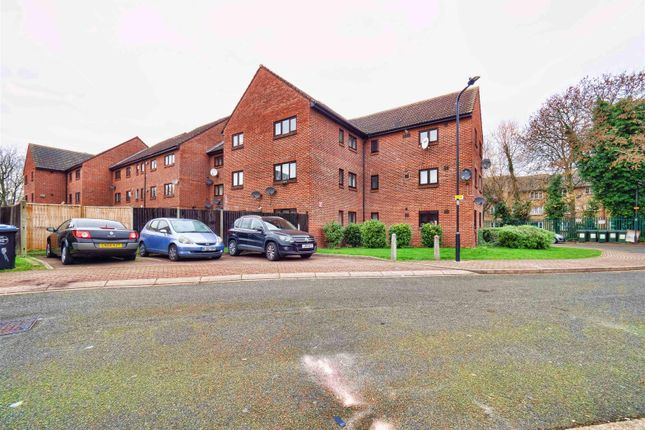 Thumbnail Property for sale in Elgar Avenue, London