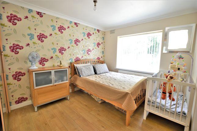 Thumbnail Maisonette to rent in Adelphi Gardens, Slough