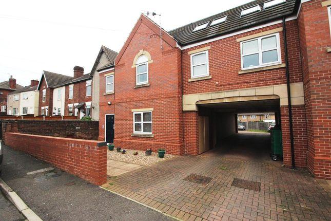 Thumbnail Flat to rent in Chapel Mews, Wellington Street, New Whittington