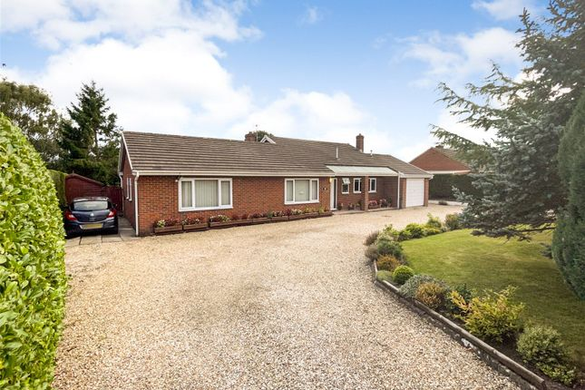 3 bed bungalow for sale in Burgedin Road, Arddleen, Llanymynech, Powys SY22