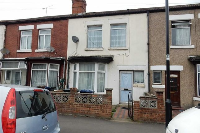 Thumbnail Property for sale in Balfour Road, Southall, Middlesex