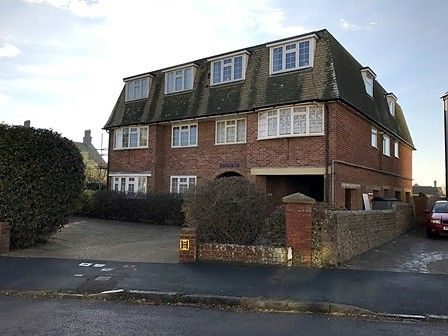Thumbnail Flat to rent in Queens Park House, Claremont Road