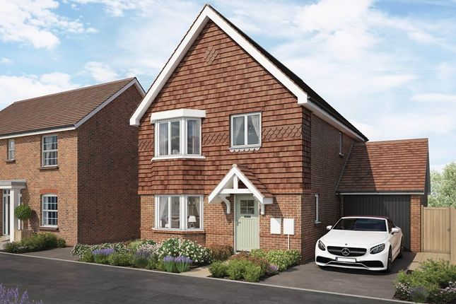 Thumbnail Detached house for sale in East Street, Billingshurst, West Sussex