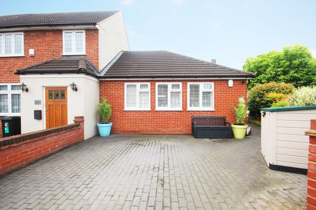 Thumbnail Terraced bungalow for sale in Audley Gardens, Loughton